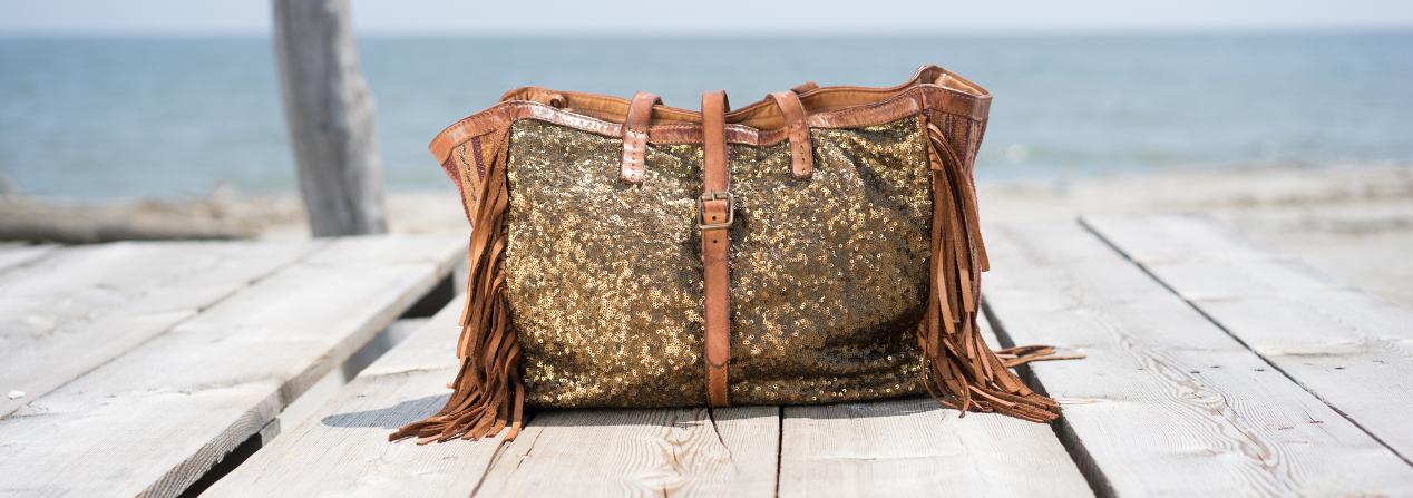 Caterina Lucchi borse negozio milano